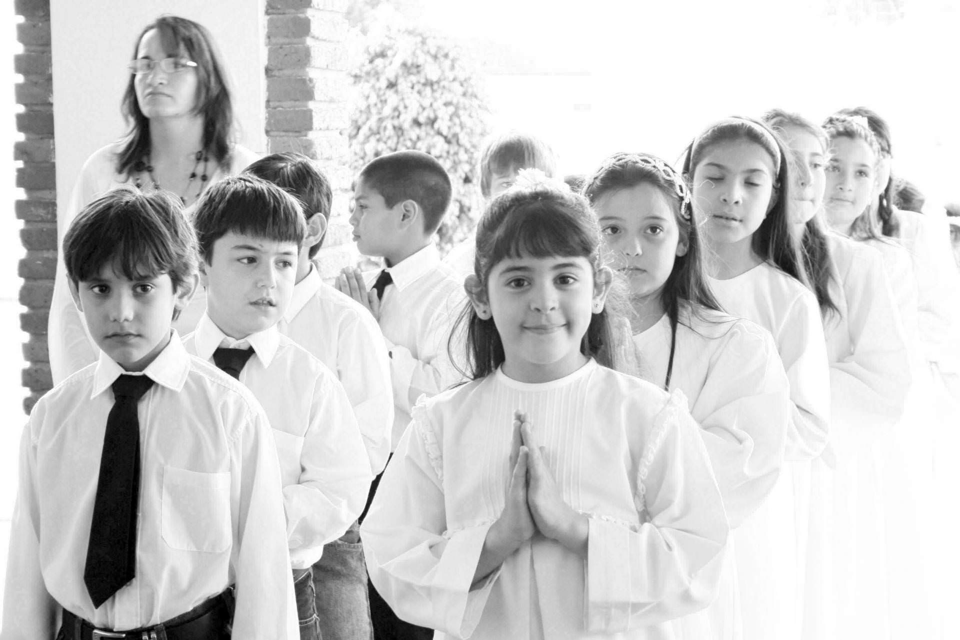 sacramento, boy, girl, black and white, first communion