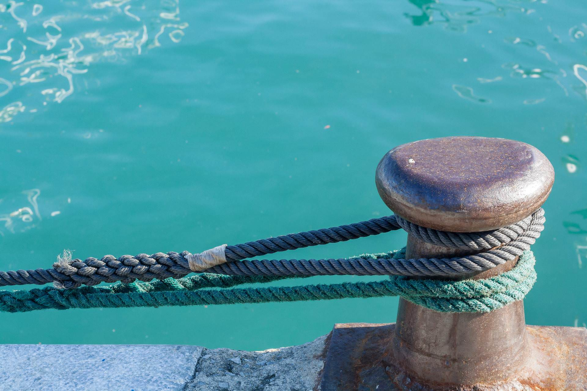 rope, fidelity, fear, trust, port, serenity, security, moorings, anchor