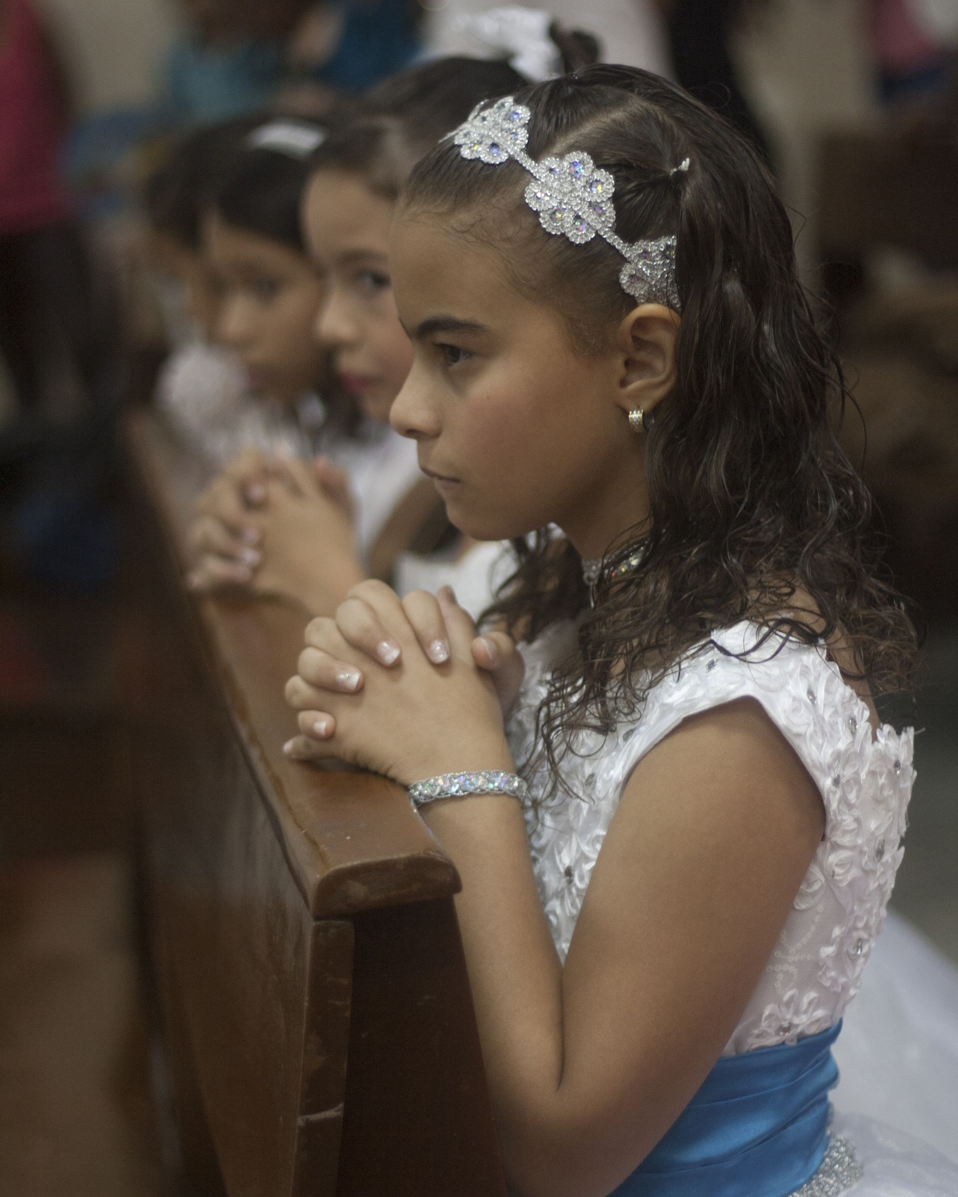 christian initiation, sacramento, communion, first communion, girl, childhood, childhood, on knees
