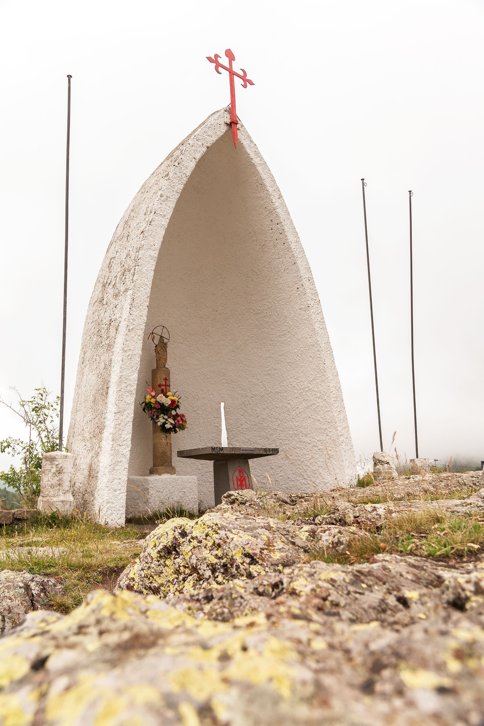 chapel, mountain, path, pilgrimage, virgin of the pillar, marian advocation, our lady of pilar, santiago39s road, route, pilgrimage, jacobean routes, path of the stars