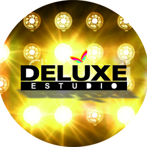 Deluxe Estudio / Carolina Ca...