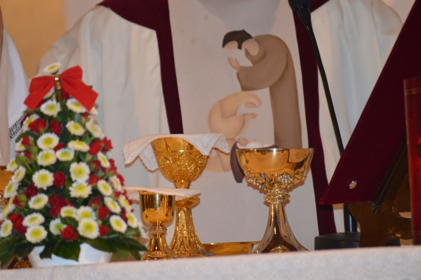 christ, jesus, chalice, priest, consecration, maria, tree, christmas