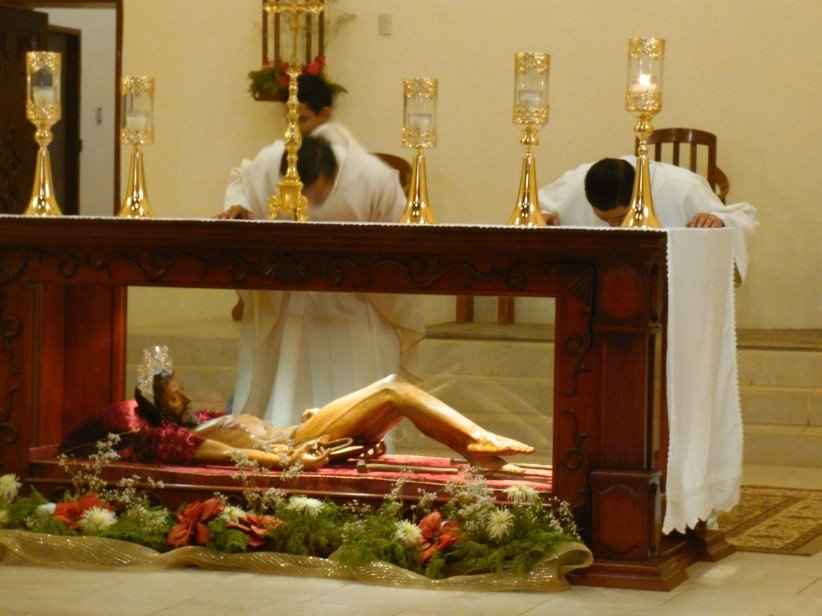 priest, altar, humility