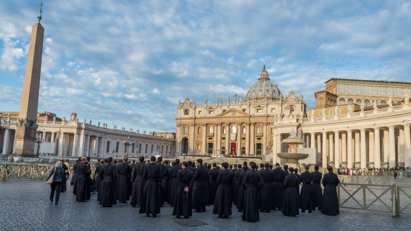 st. peter's square, seminarian, consecrated, religious, legionaries, legionary, vocation, consecrated life, religious life, eternal city