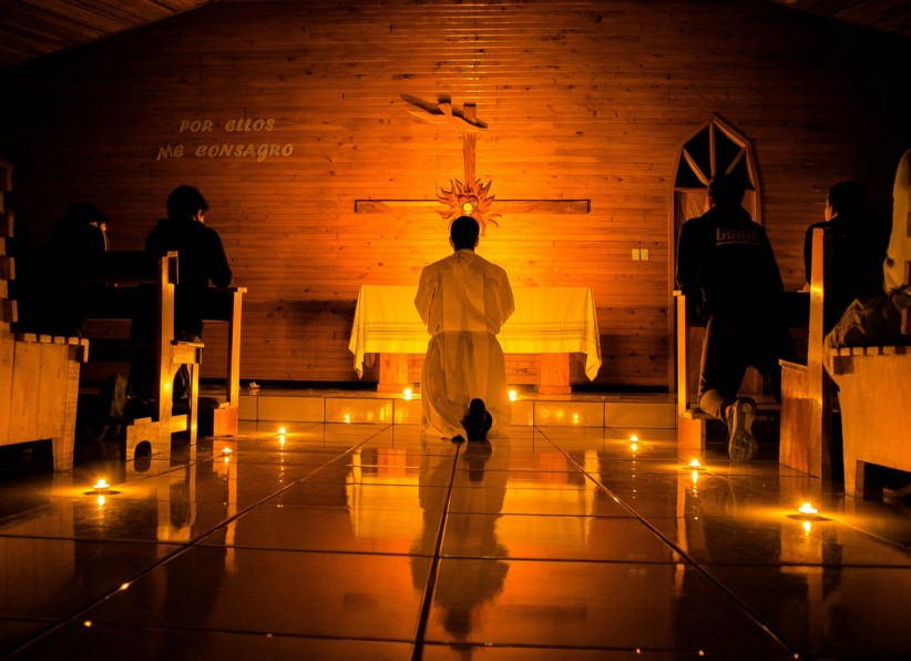 light, eucharist, cross, priest, chapel, worship, fe