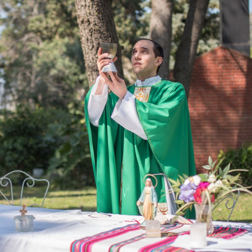 chalice, consecration, wine, mass, species