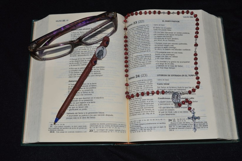 bible, to pray, cross, christ, rosary beads, jesus, timetable, maria