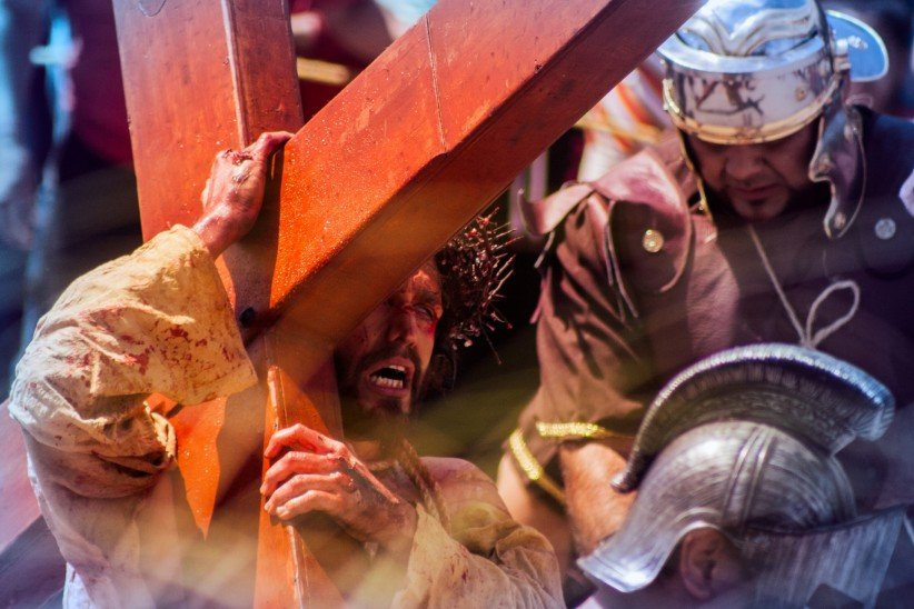 cross, christ, easter, sin, pain, way of the cross, thorns, blood, sacrifice, suffering, offering, jesus,  passion, crucifixion, redemption