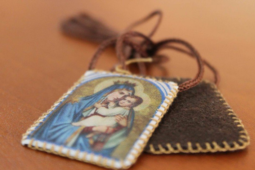 virgin of carmen, scapular, marian devotion, devotional