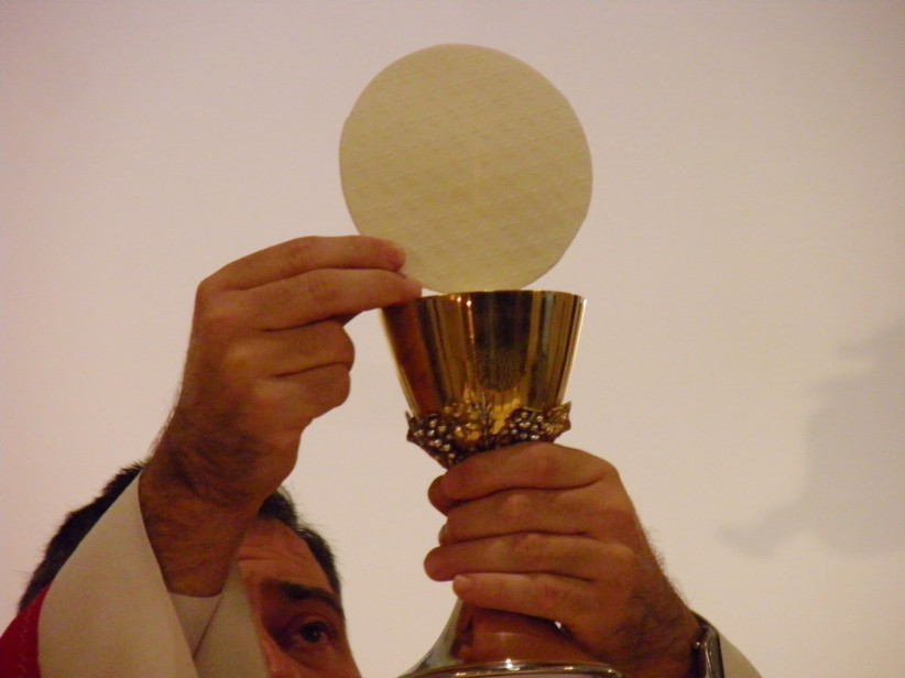 eucharist, christ, hands, priest, body, holy, san, spirit