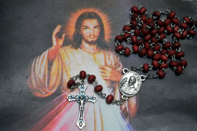 christ, pope, rosary beads, jesus, francisco, mercy, maria, piety