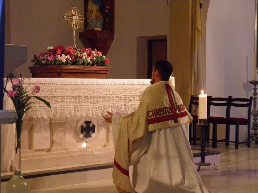 santisimo, eucharist, church, cross, priest, altar, holy, mass