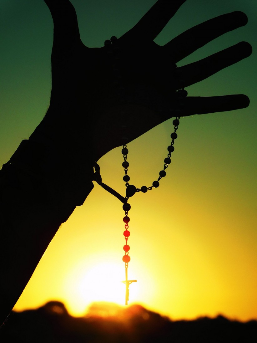 light, rosary beads, mine, sunset