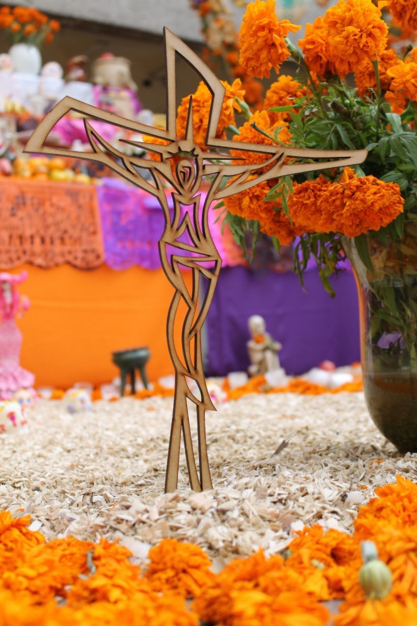 cross, wood, jesus, mexico, november, cempasuchil, diademuertos