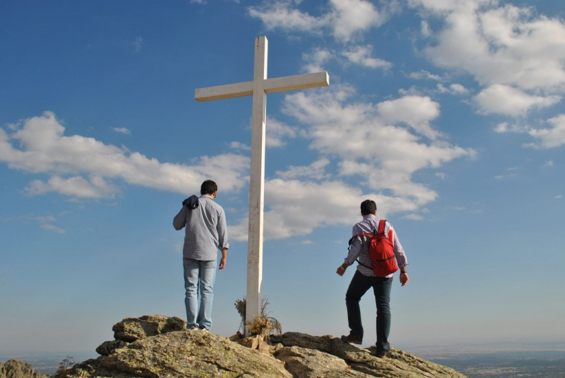cross, young boys, pilgrims, friendship, montana, pilgrimage