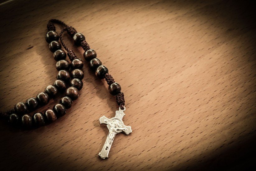 to pray, sentence, rosary beads, virgin, timetable, maria, fe, faith