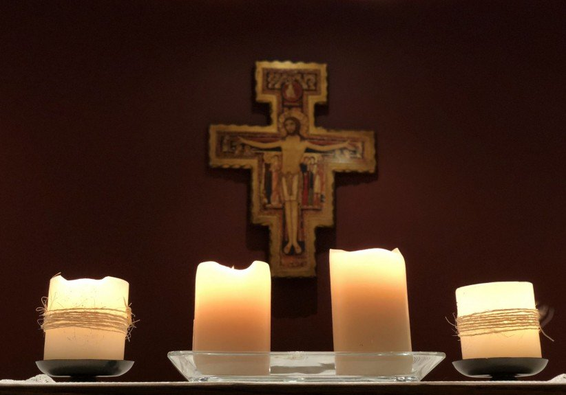 light, christ, candles, peace, lent, crucifix, franciscan, frayfoto