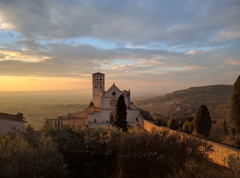 church, clouds, basilica, francisco, temple, cathedral, temple, italy, architecture, axis, landscape, assisi, mountain, basilica, house of prayer, house of god